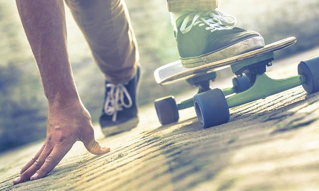 lifestyle_skateboarder-on-getting-started_366K[1]