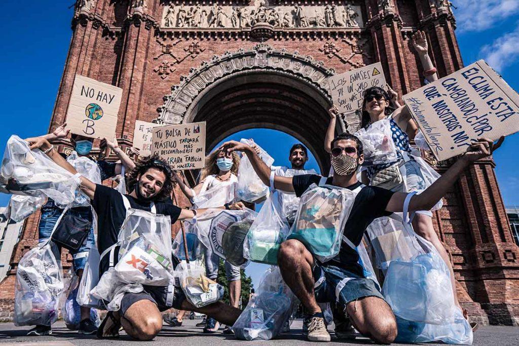 #Trashhuman Challenge: el desfile para sensibilizar sobre la problemática de los envases de un solo uso