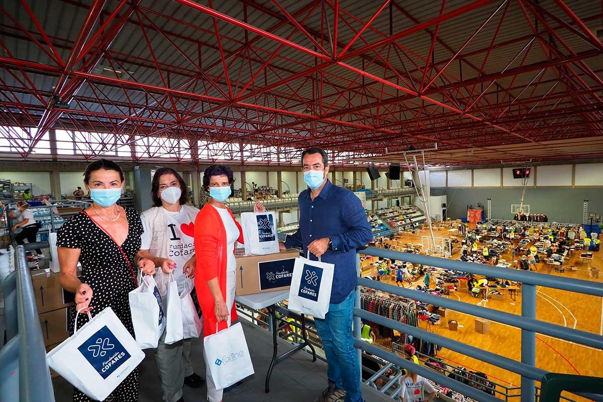La Fundación Cofares a través de las farmacias de La Palma dona productos de salud a los afectados por la erupción del volcán